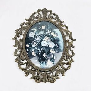 Vintage Ornate Metal Picture Frame Bubble Glass